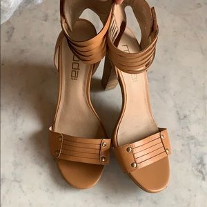 Moda Ankle Wrap Sandals